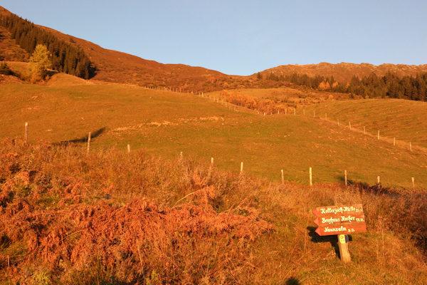 Berge in Herbstfarben